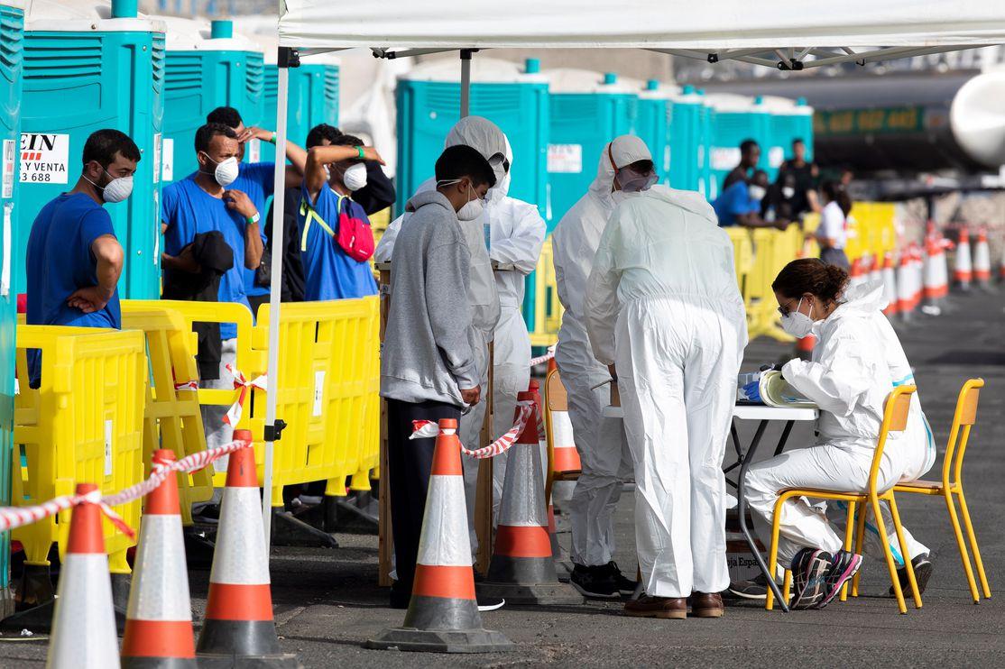 Espanha volta a registar mais de 11 mil novas infecções diárias